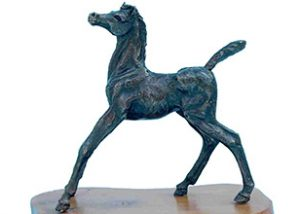 miniatures startled foal statue