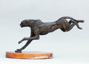 wildlife landing cheetah bronze sculpture