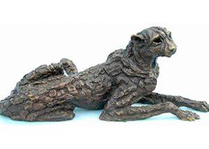 cheetah bronze statue